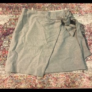 A line size 2 Wilfred skirt